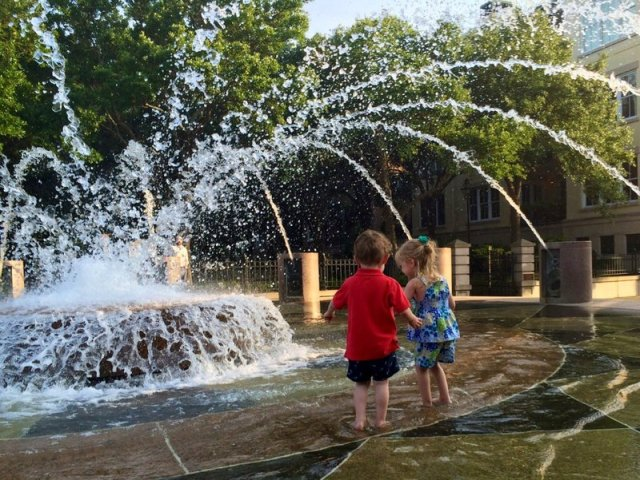 Charleston Waterfront Park Fountain