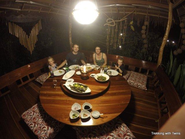 Cheap Food on Boracay   Paupatri