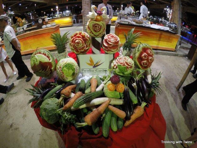 Cheap Food on Boracay   Paradise Garden Buffet